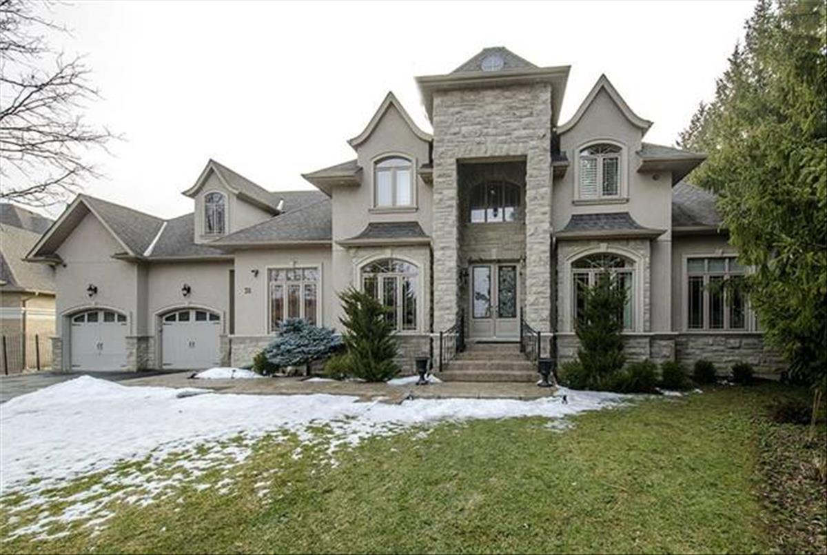 38 Anglin Dr Richmond Hill Amir Eshtiaghi